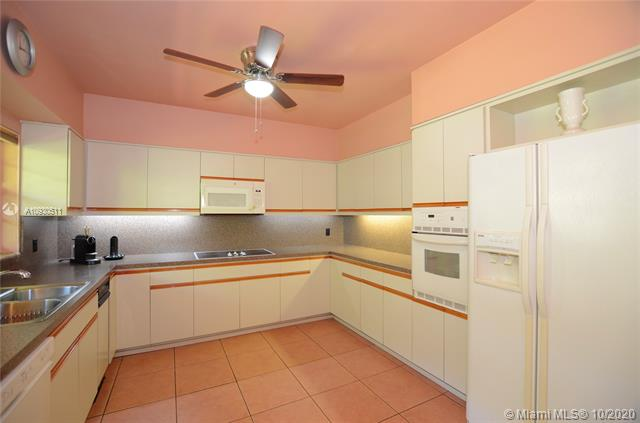 6724 SW 64th Pl - 33143 - FL - South Miami